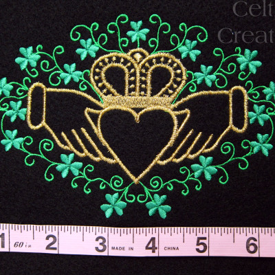 Claddagh with Shamrocks